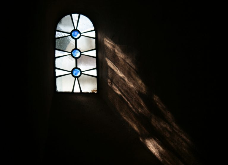 La lotta interiore del profeta Geremia: tra castigo e misericordia